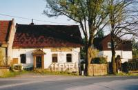 Hostinec Na Drážkách, kde se konala 20. ledna 1924 ustavující valná hromada sboru hasičů zKřivého (stav vroce 2009)